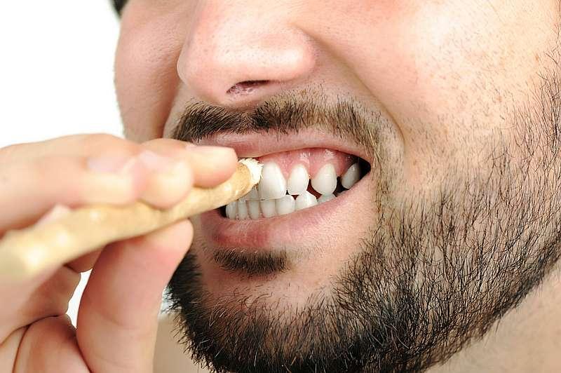 stomatologie cu bat de mestecat